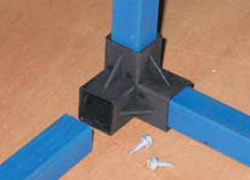 Corner joint to hold metal frame, description in next steps